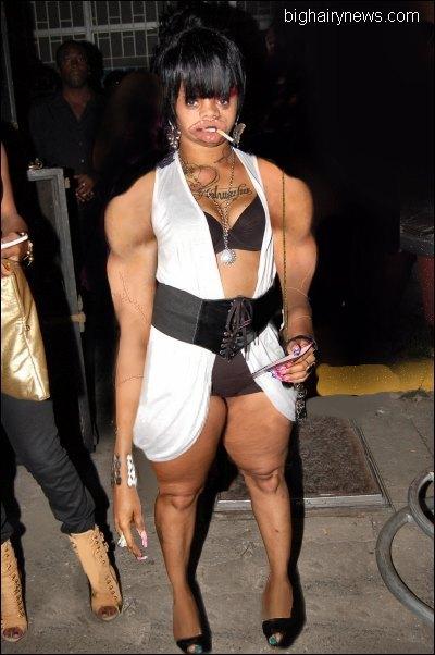 Nude lesbians bodybuilder