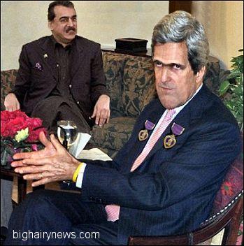 John Kerry in Pakistan