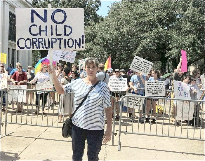 Gina protesting